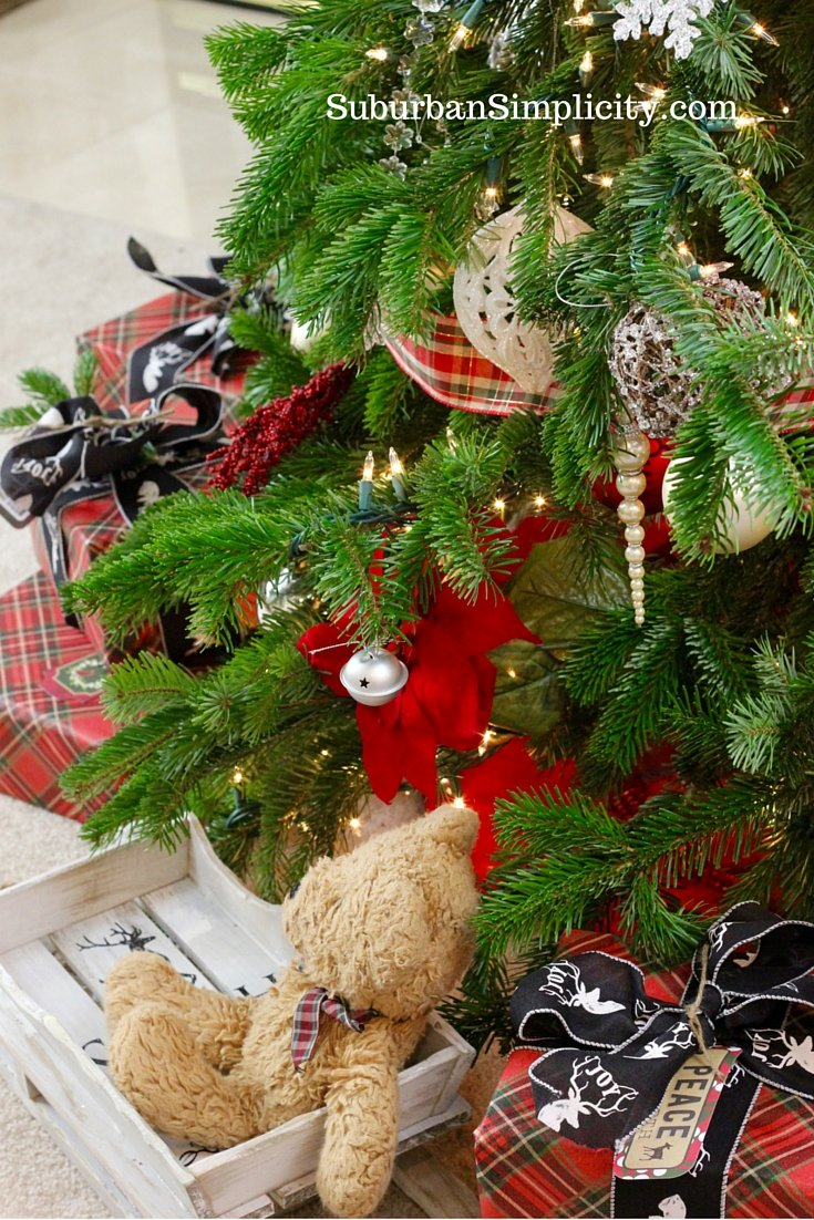 How To Decorate An Elegant Rustic Christmas Tree Suburban Simplicity