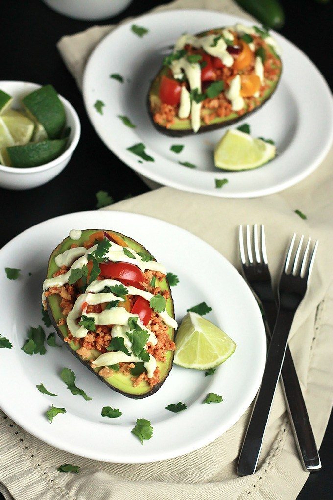 Low Carb Dinners - Vegan-Stuffed-Avocado1-4
