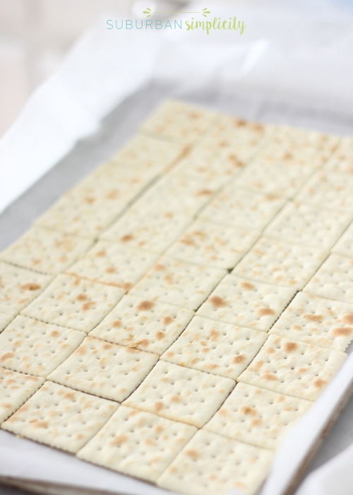 Saltine toffee with saltine crackers