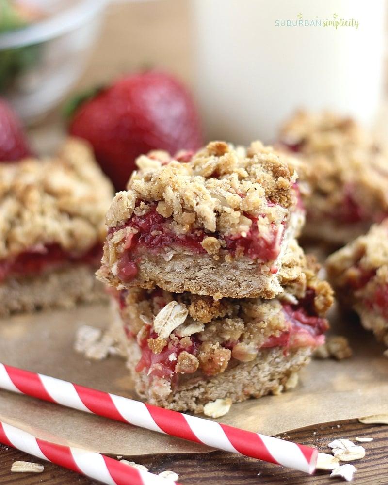 Strawberry Oatmeal Bars | Easy Oatmeal Bars with Fresh ...