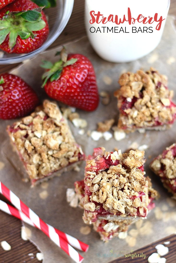Strawberry Oatmeal bars made with fresh strawberries and a crumbly topping.