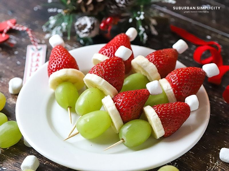 grinch kababs on a plate