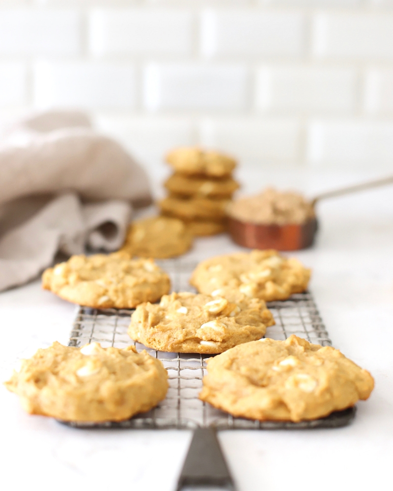 These Pumpkin Spice Cookies are perfect for fall. A pumpkin cookie recipe that'salmost impossible to not eat warm from the oven!