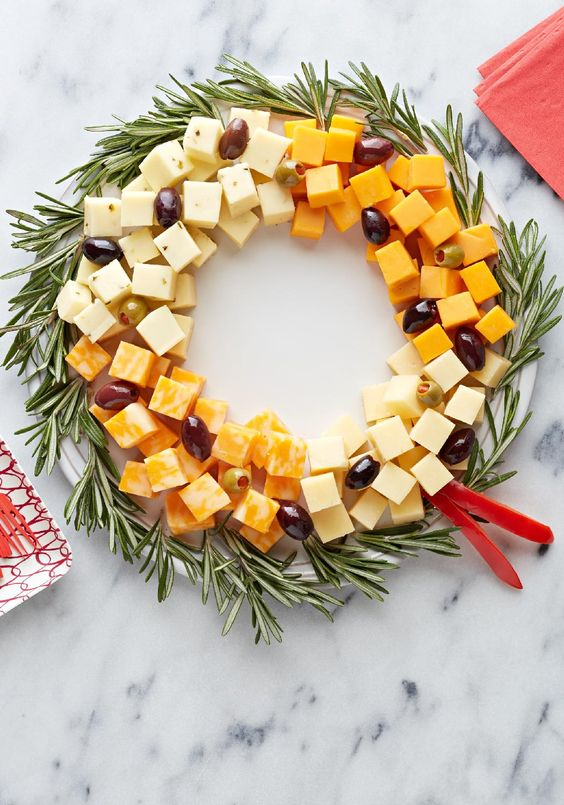 Holiday finger food cheese wreath