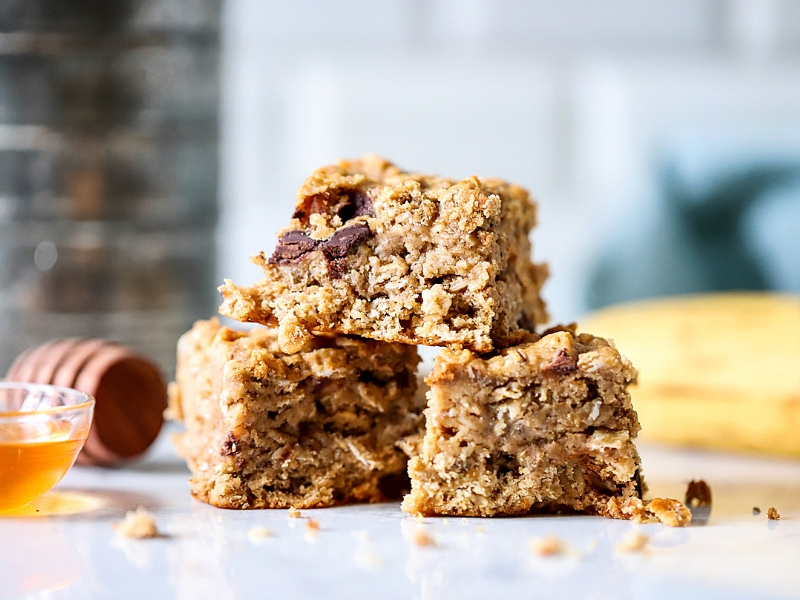 Three Banana Bars stacked.
