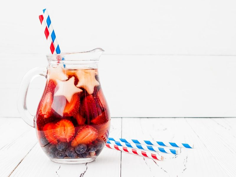 4th of July punch with straws