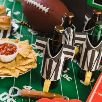 How to Host a Game Day Party