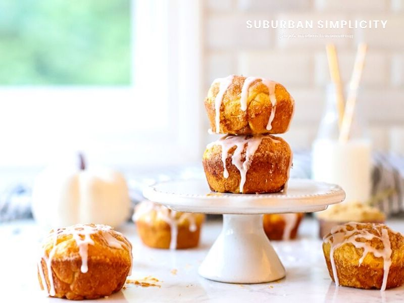 You're going to want to serve these Pumpkin Pie Bombs over and over again this season! In less than 30 minutes you can bite into this delicious fall dessert and enjoy the creamy pumpkin pie filling and cinnamon sugar topping.