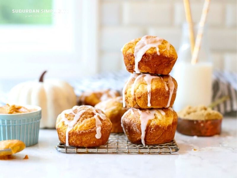 Pumpkin Pie Bombs stacked on top of each other