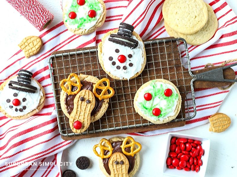 Oh, what fun Decorated Christmas Sugar Cookies are! See how easy it is to show your holiday spirit with these 3 cookie designs that can be whipped up in no time at all!