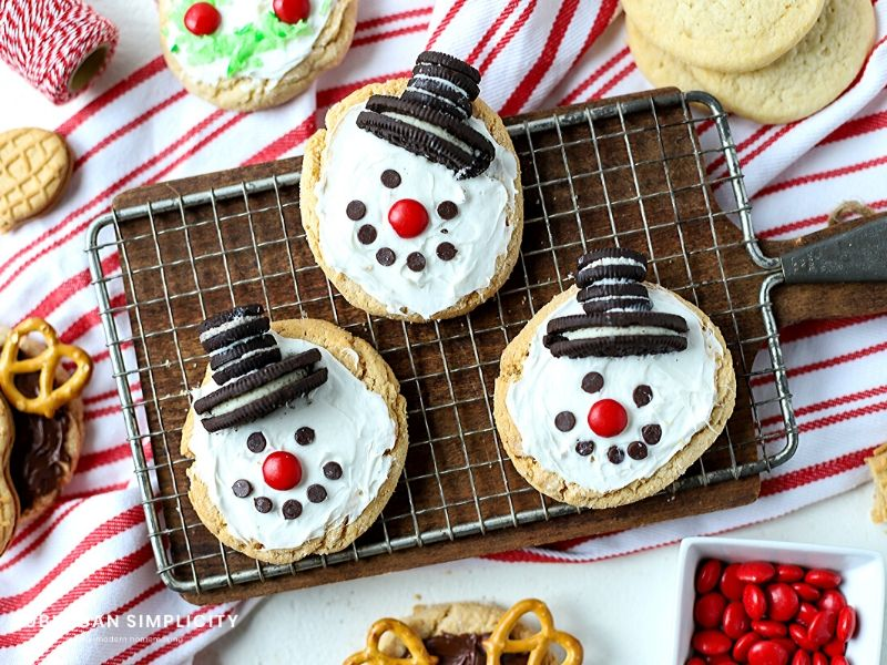 Sugar cookies decorated like snowmen
