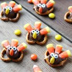 30+ Cute Thanksgiving Treats That Are Kid-Friendly