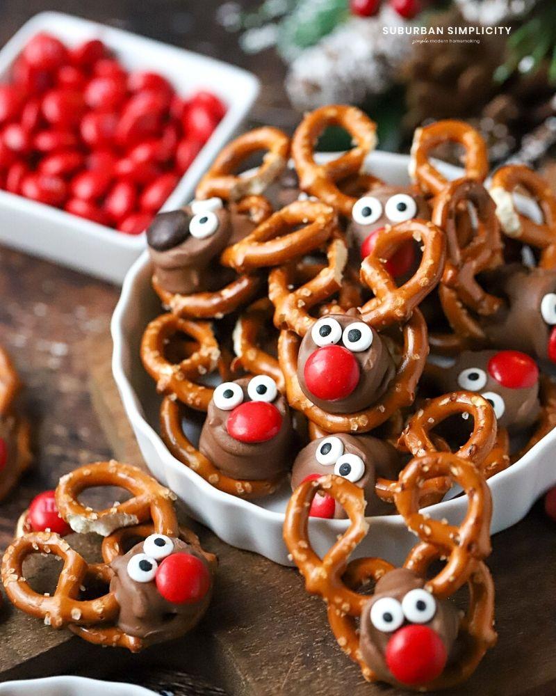 Pretzel Rolo Reindeer in a dish