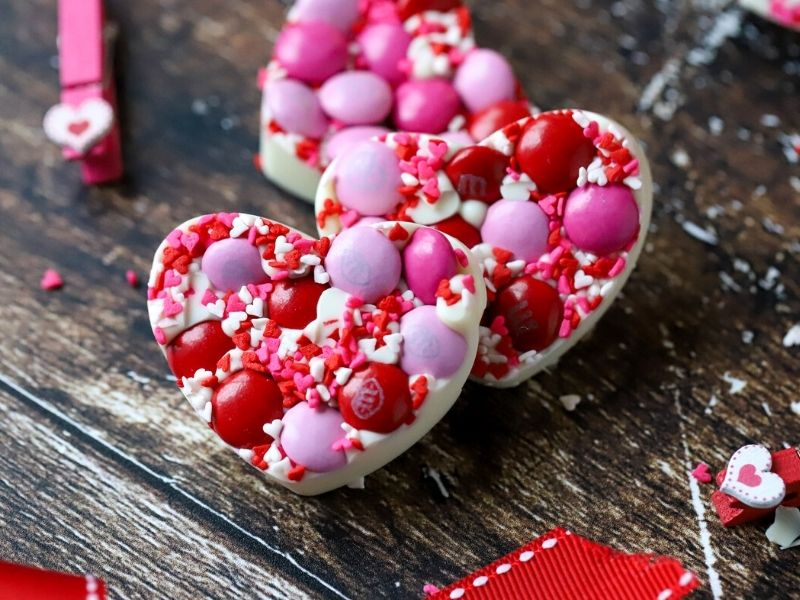 white chocolate valentine's day candies